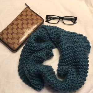 Accessories - teal crochet circle scarf